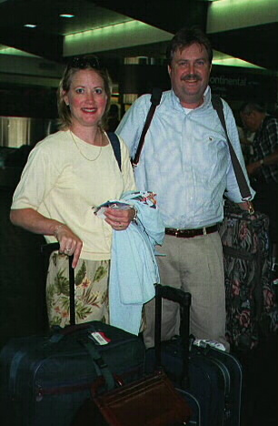 Betsy & Jeff returning from Hong Kong (60 kbytes)