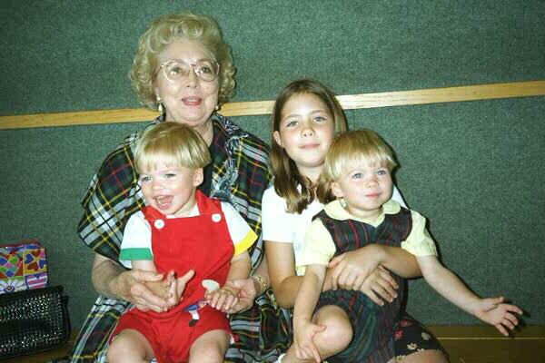 Kathleen, M.K., & Twins (100 kbytes)